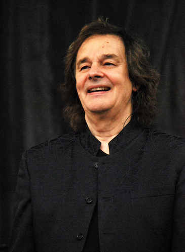 Colin Blunstone_small_by Chris M. Junior.jpg