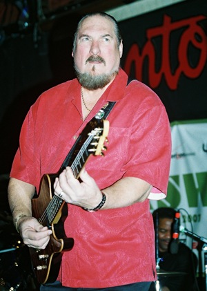 Steve Cropper_by Chris M. Junior.jpg